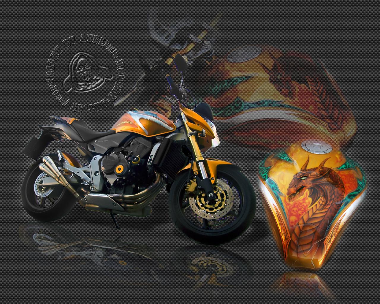 "Gratis Wallpaper, Honda Horned, Airbrush mit Blattsilber und Pinstriping, ""Dragon Rider"""